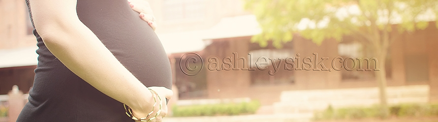 Kellie & Justin: Maternity Session Preview