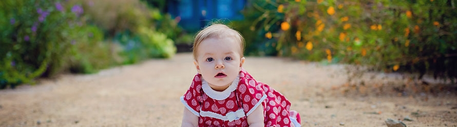 Meet Kaley – 8 Month Old Portrait Preview