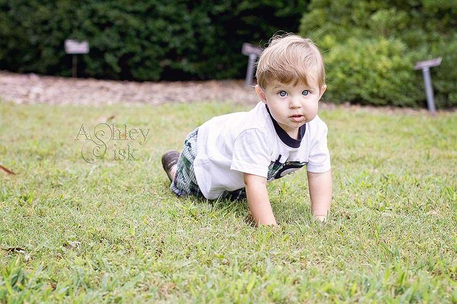 Child Portrait, crawl